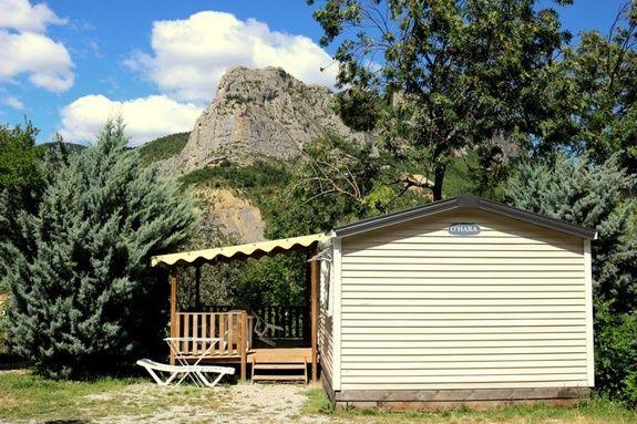 espace classic camping Hautes-Alpes familial piscine escalade