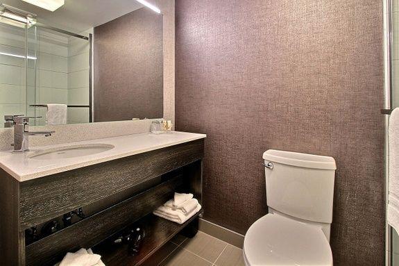 Hotel-boulevard-laurier-quebec-king-balcon