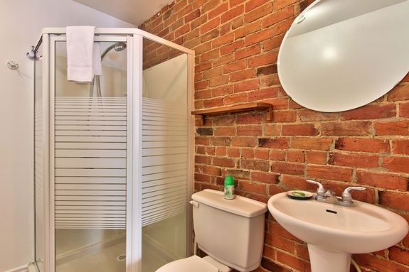 hotel-proche-palais-des-congres-montreal-appartement-1-chambre-salle-de-bain