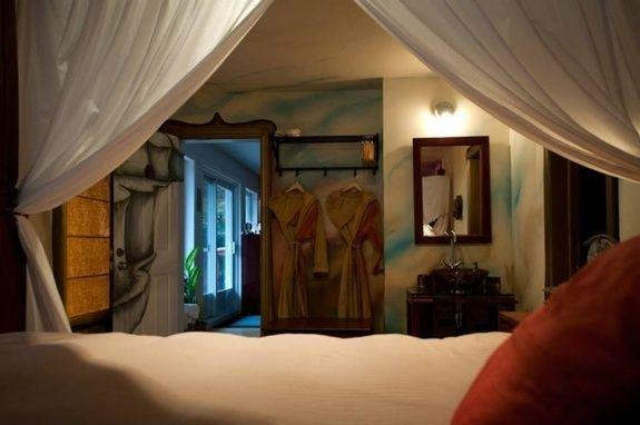 gîte-mont-tremblant-chambre-lit-king-size-vue-jardin-2