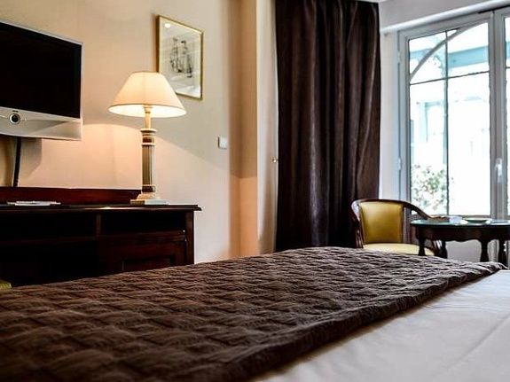 Chambre-Deluxe-Cancale-Hotel-Restaurant-Tirel-Guerin-Spa