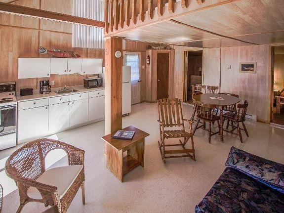 Chalet à Gaspé deux (2) chambres et mezzanine (Chalets en ...