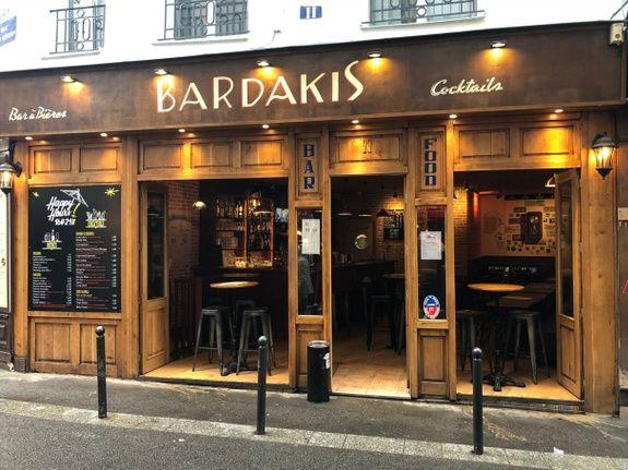 bar-a-bieres-paris-devanture-entree