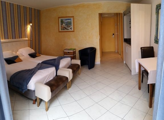 room cézanne_ studio_rent for holidays in st raphael