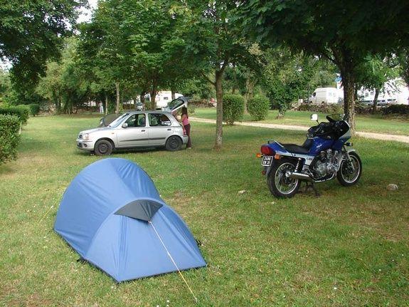 tente camping rocamadour Lot camping-car piscine